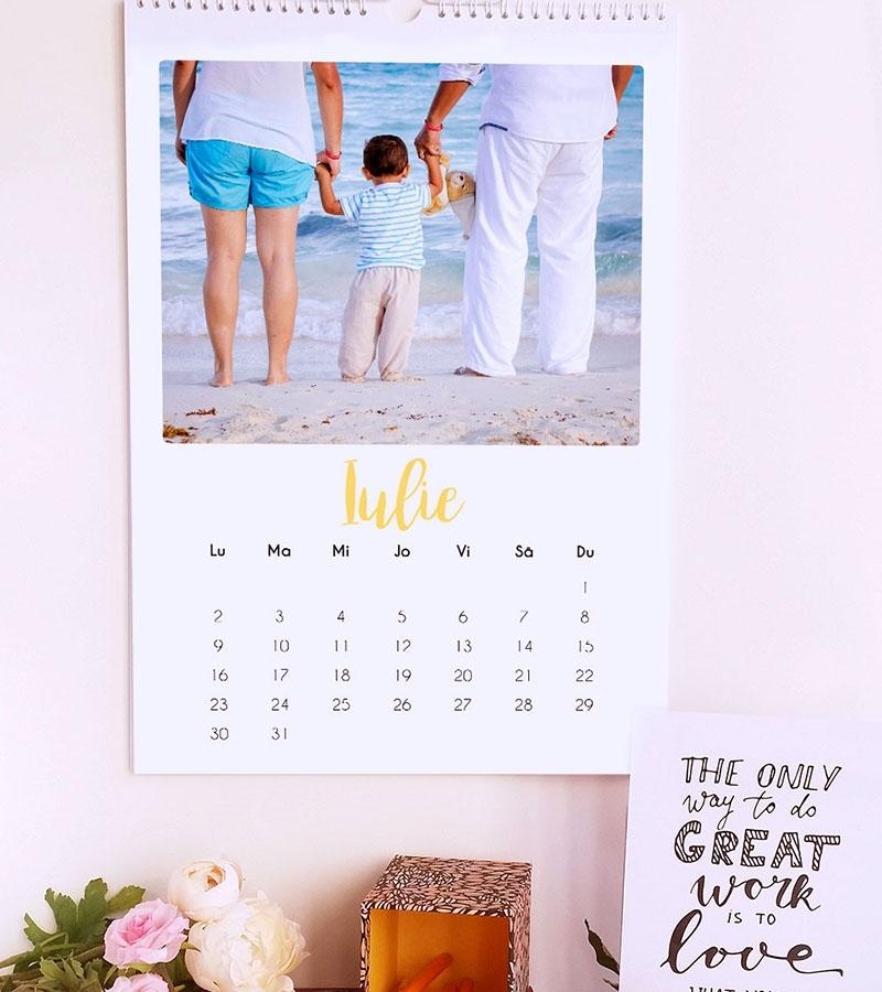 calendar de perete 2020 personalizat cu poze lady cozac 6