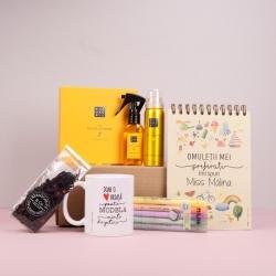 Pachet cadou pentru educatoare cu notebook personalizat - Giant Heart - prezentare produse