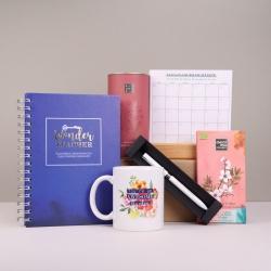 Pachet-cadou-pentru-profesoare-cu-calendar-pix-si-agenda-Awesome-Teacher_prezentare-produse