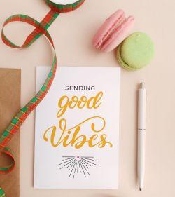 Felicitare personalizata cu mesaj optimist - Good Vibes_catbox 1